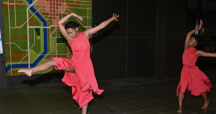 Dancers 710x375